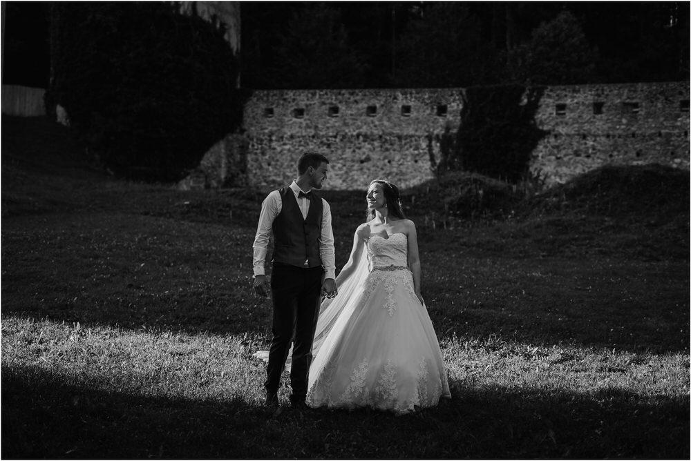 zicka kartuzija poroka porocni fotograf fotografija luka in ben loce elegantna poroka slovenski porocni fotograf  0085.jpg