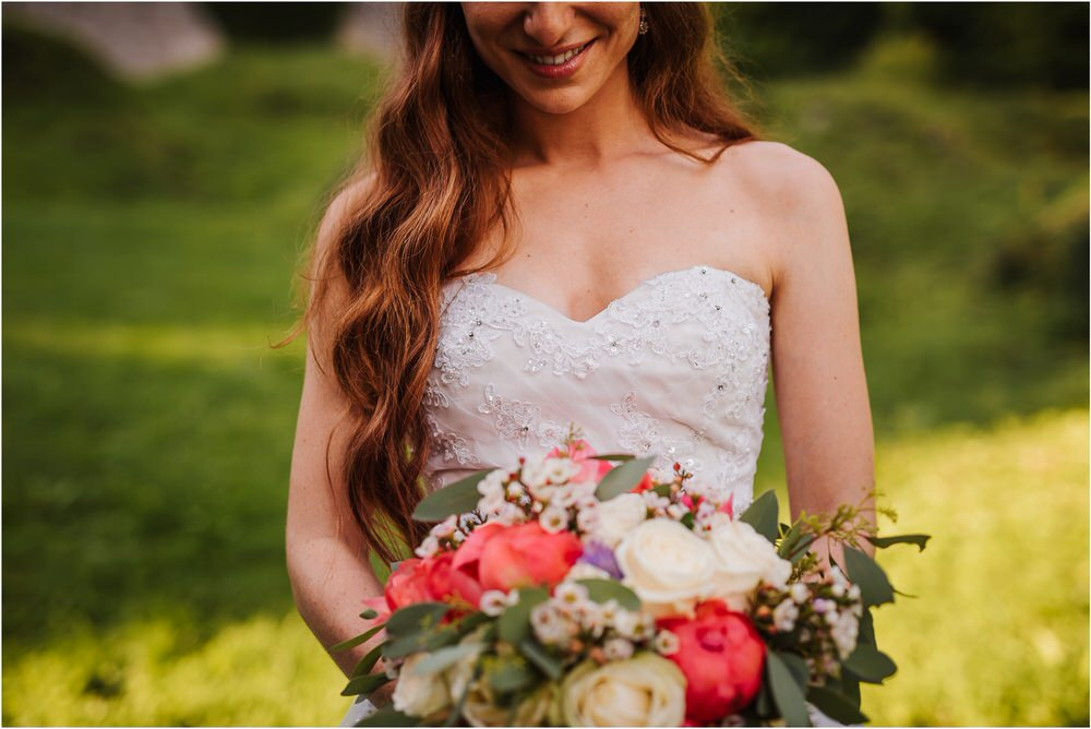 zicka kartuzija poroka porocni fotograf fotografija luka in ben loce elegantna poroka slovenski porocni fotograf  0090.jpg