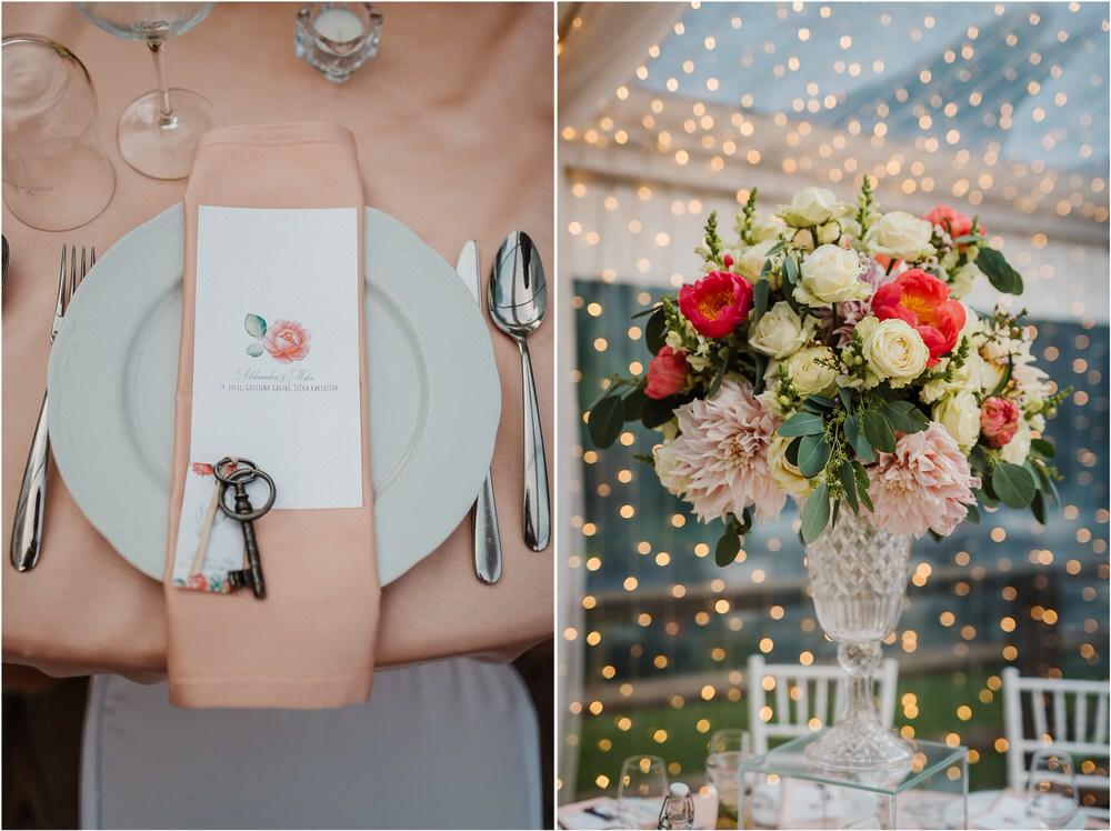 zicka kartuzija poroka porocni fotograf fotografija luka in ben loce elegantna poroka slovenski porocni fotograf  0102.jpg