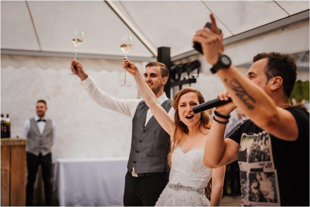 zicka kartuzija poroka porocni fotograf fotografija luka in ben loce elegantna poroka slovenski porocni fotograf  0106.jpg