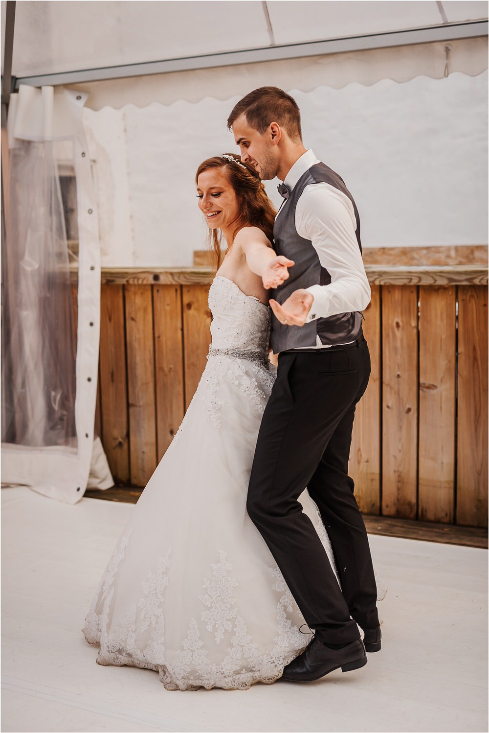 zicka kartuzija poroka porocni fotograf fotografija luka in ben loce elegantna poroka slovenski porocni fotograf  0108.jpg