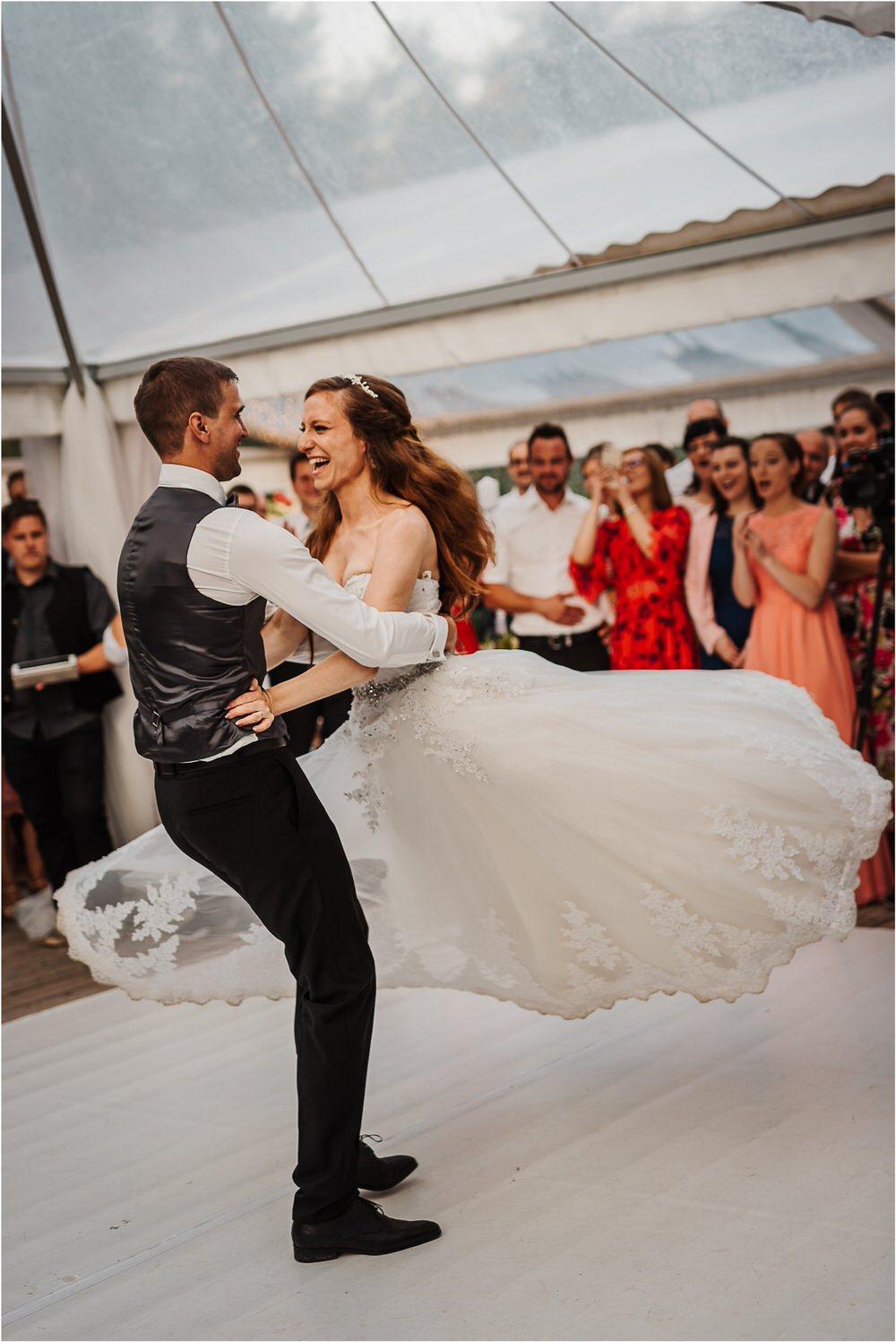 zicka kartuzija poroka porocni fotograf fotografija luka in ben loce elegantna poroka slovenski porocni fotograf  0109.jpg