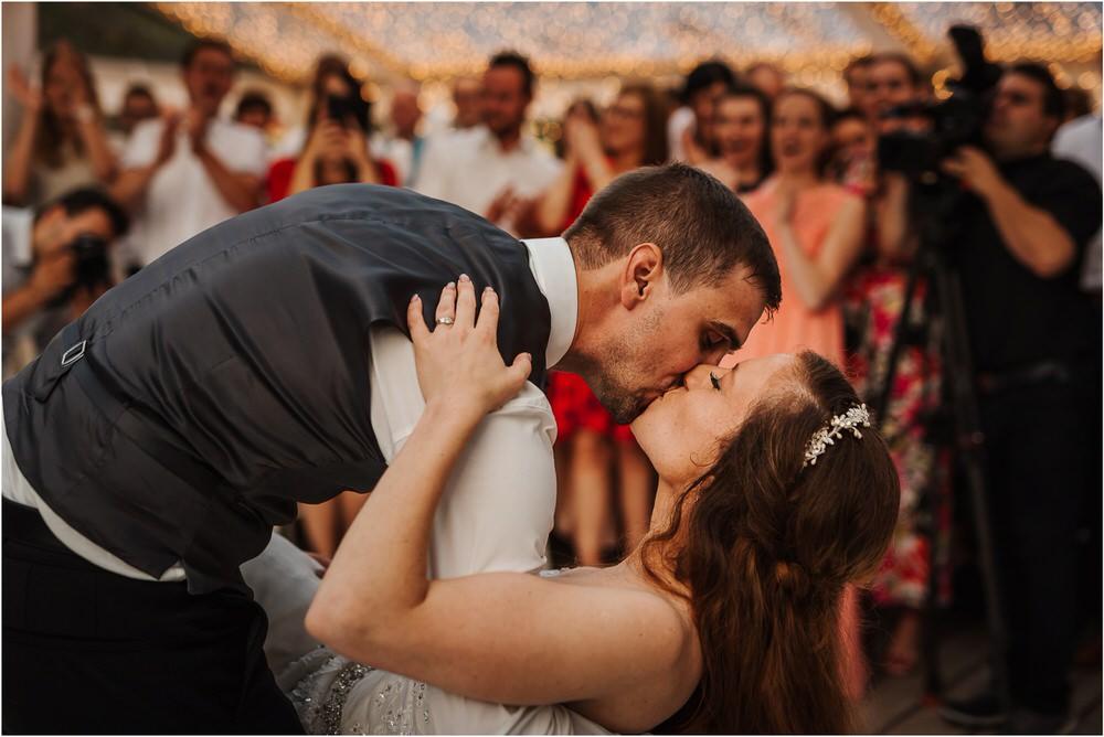 zicka kartuzija poroka porocni fotograf fotografija luka in ben loce elegantna poroka slovenski porocni fotograf  0111.jpg