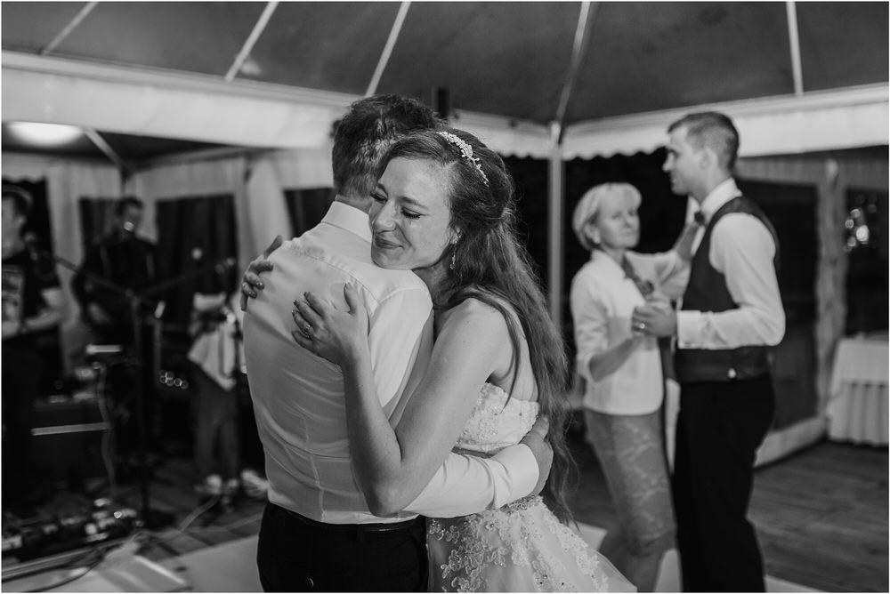 zicka kartuzija poroka porocni fotograf fotografija luka in ben loce elegantna poroka slovenski porocni fotograf  0114.jpg