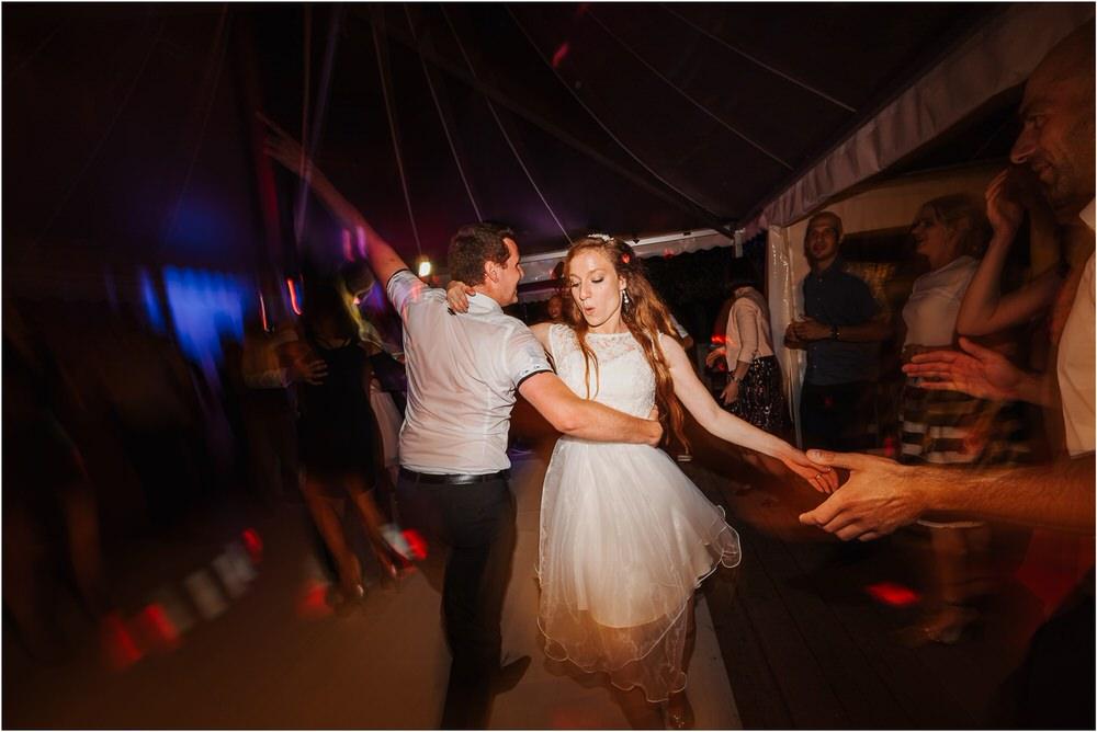 zicka kartuzija poroka porocni fotograf fotografija luka in ben loce elegantna poroka slovenski porocni fotograf  0116.jpg
