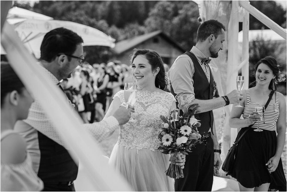 goriska brda poroka fotgorafija fotograf fotografiranje porocno kras primorska obala romanticna boho poroka rustikalna nika grega 0031.jpg
