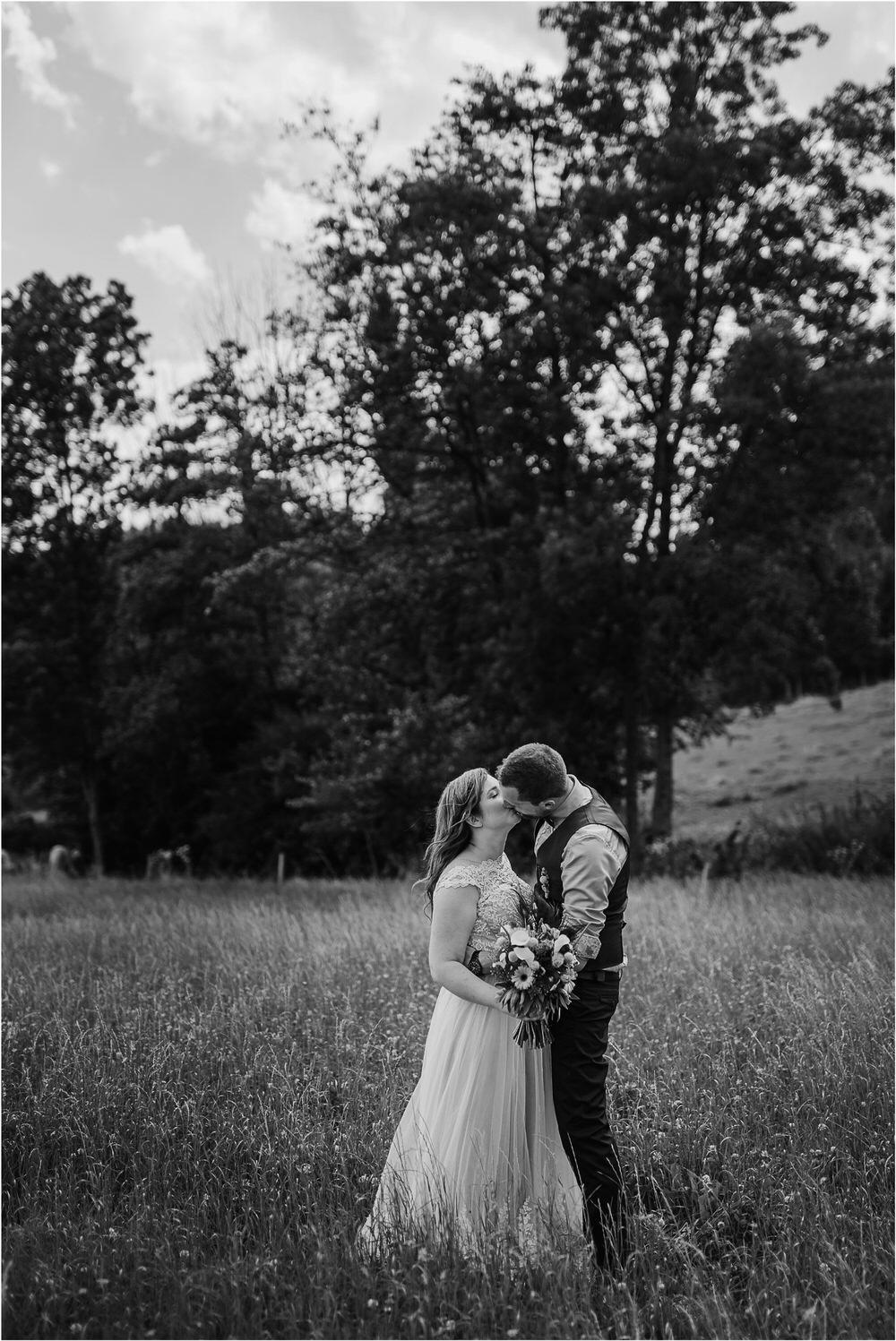 goriska brda poroka fotgorafija fotograf fotografiranje porocno kras primorska obala romanticna boho poroka rustikalna nika grega 0035.jpg