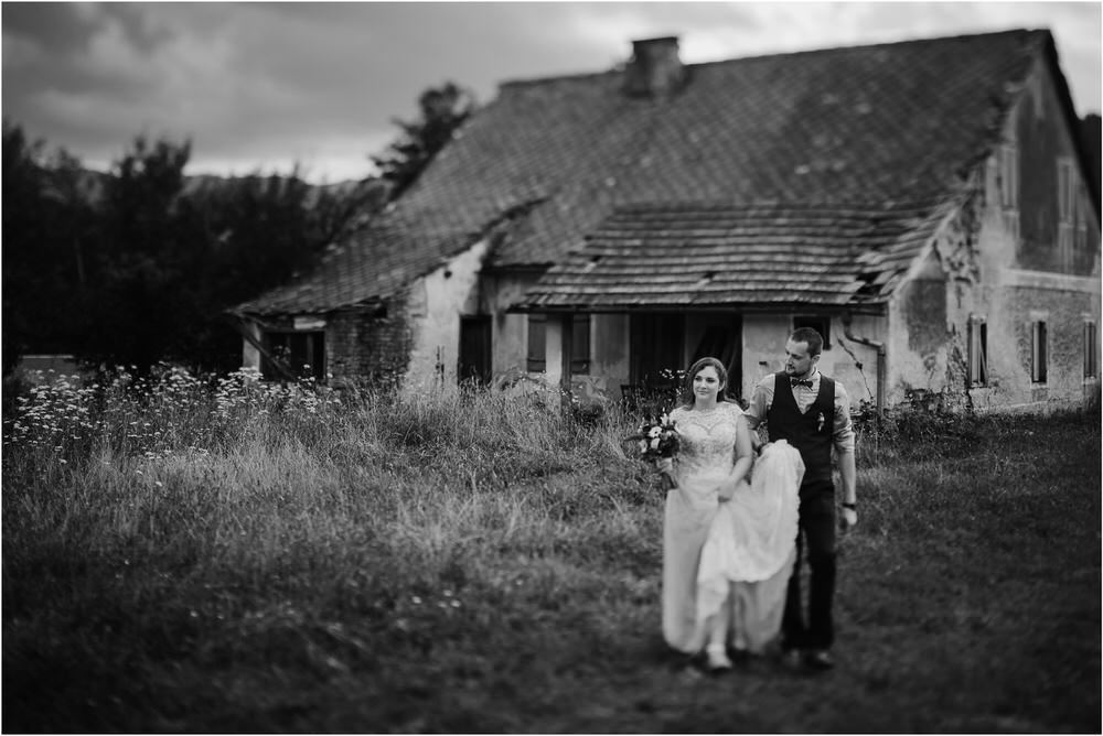 goriska brda poroka fotgorafija fotograf fotografiranje porocno kras primorska obala romanticna boho poroka rustikalna nika grega 0059.jpg