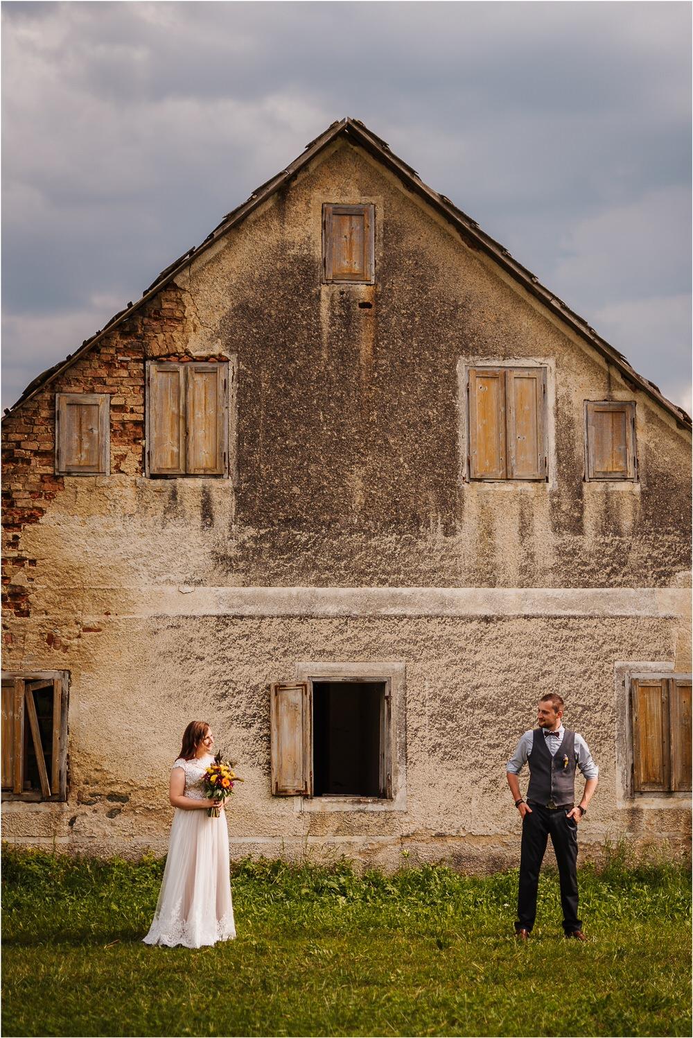 goriska brda poroka fotgorafija fotograf fotografiranje porocno kras primorska obala romanticna boho poroka rustikalna nika grega 0062.jpg