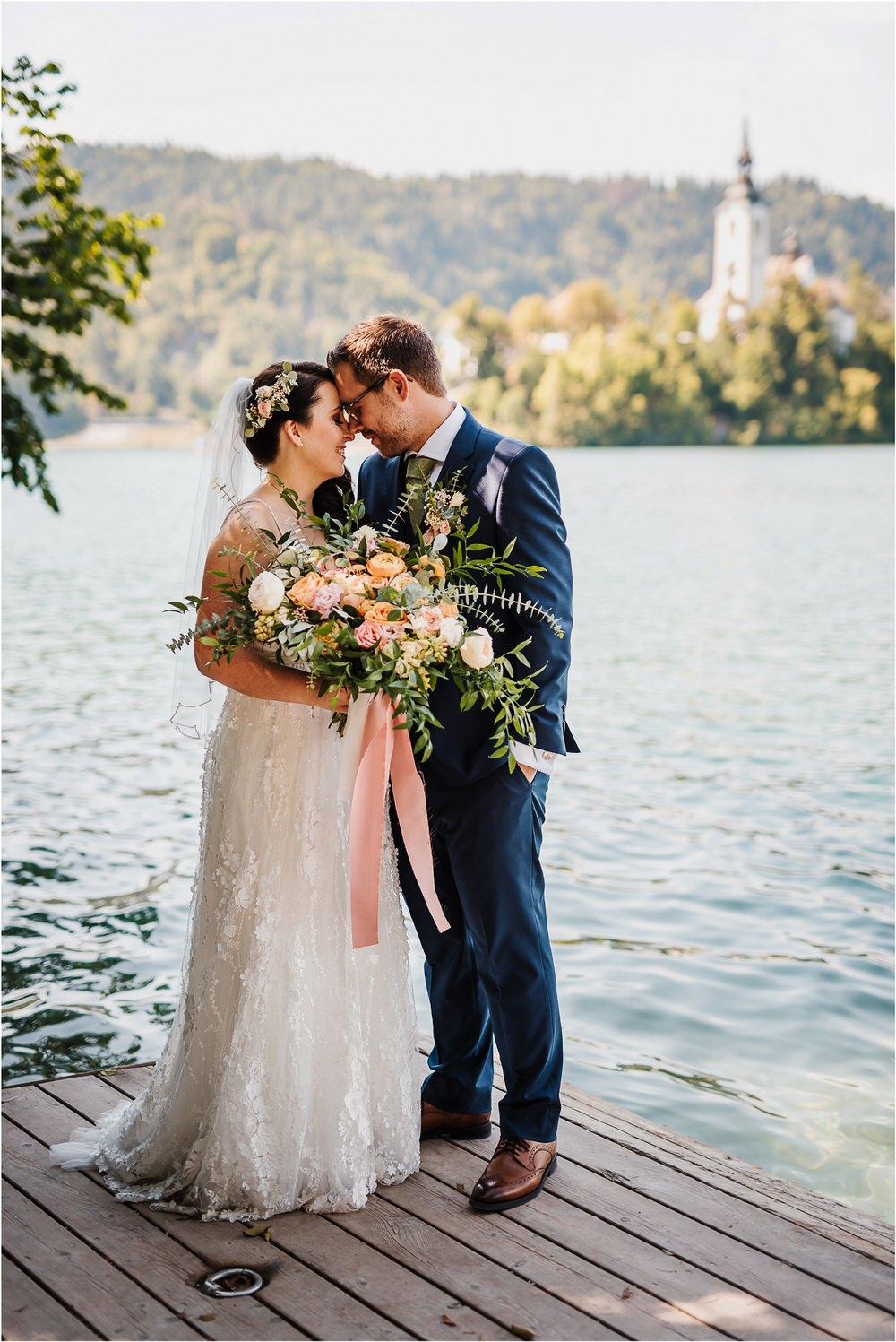 lake bled slovenia wedding vila bled sanjski sopek bled castle ceremony outdoor romantic wedding photographer photography natural candid bright 0075.jpg
