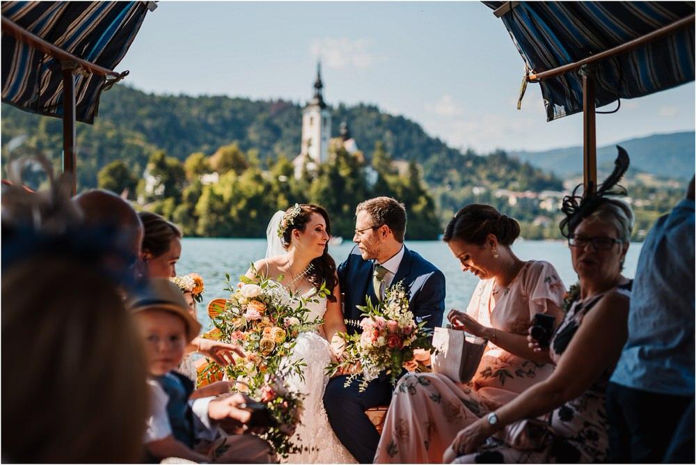 lake bled slovenia wedding vila bled sanjski sopek bled castle ceremony outdoor romantic wedding photographer photography natural candid bright 0080.jpg