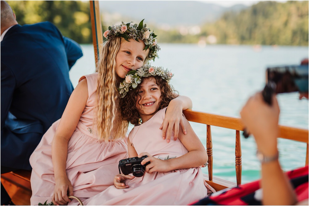 lake bled slovenia wedding vila bled sanjski sopek bled castle ceremony outdoor romantic wedding photographer photography natural candid bright 0084.jpg