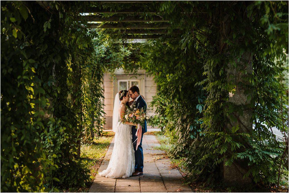 lake bled slovenia wedding vila bled sanjski sopek bled castle ceremony outdoor romantic wedding photographer photography natural candid bright 0113.jpg