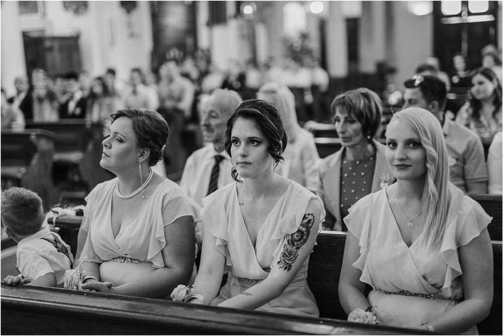 skedenj poroka porocni fotograf fotografiranje elegantna poroka rustikalna poroka pod kozolcem pcakes velesovo mdetail nika grega 0038.jpg