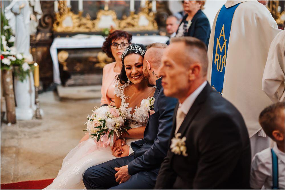 skedenj poroka porocni fotograf fotografiranje elegantna poroka rustikalna poroka pod kozolcem pcakes velesovo mdetail nika grega 0039.jpg
