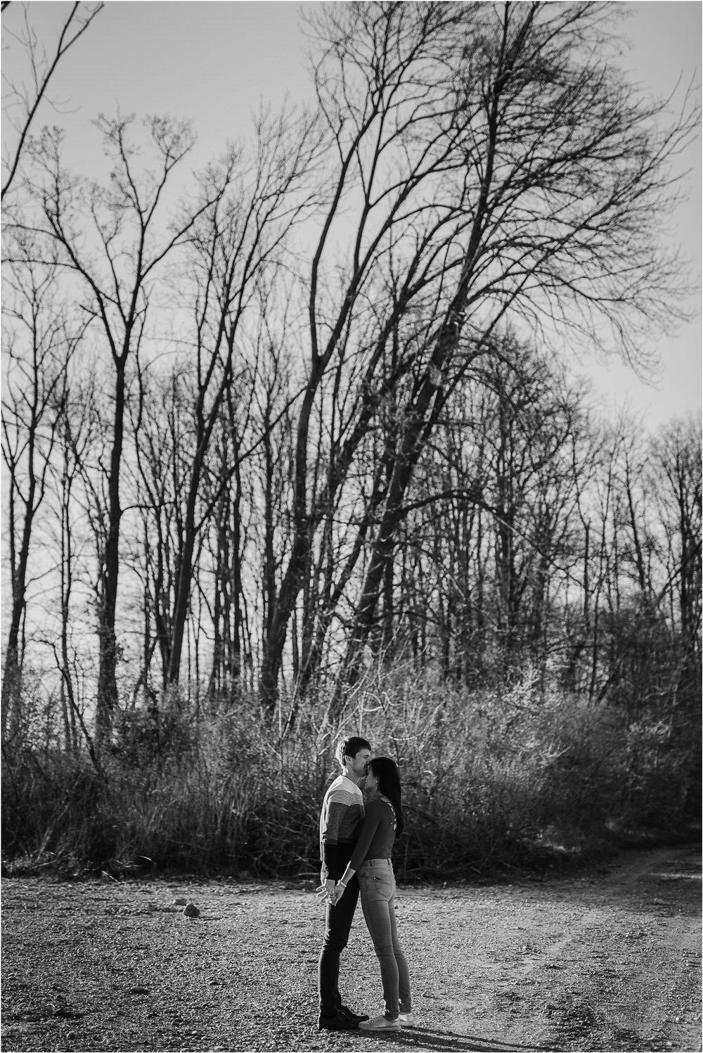zarocno fotografiranje posavje brezice krsko slovenija poroka porocni fotograf sprosceno nasmejano naravno zaroka tri lucke  0001.jpg