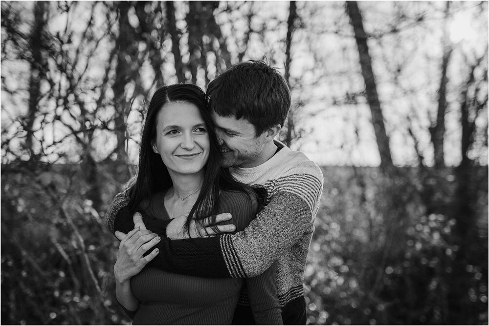 zarocno fotografiranje posavje brezice krsko slovenija poroka porocni fotograf sprosceno nasmejano naravno zaroka tri lucke  0006.jpg