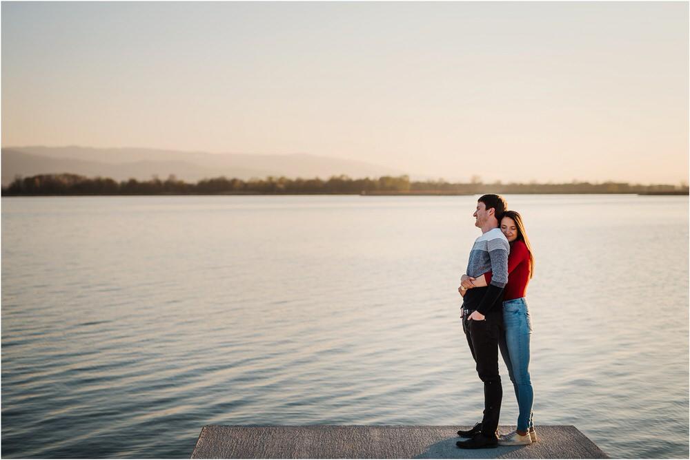 zarocno fotografiranje posavje brezice krsko slovenija poroka porocni fotograf sprosceno nasmejano naravno zaroka tri lucke  0023.jpg