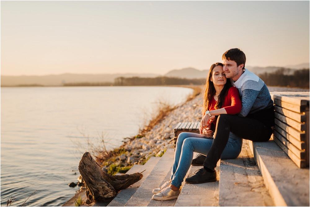 zarocno fotografiranje posavje brezice krsko slovenija poroka porocni fotograf sprosceno nasmejano naravno zaroka tri lucke  0026.jpg