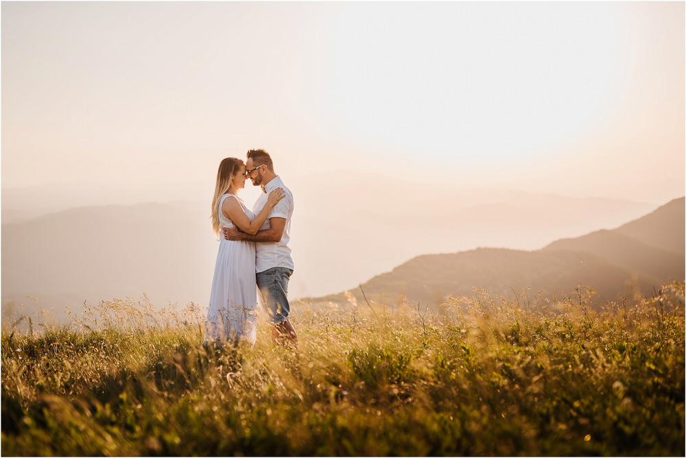 druzinsko fotografiranje nanos slovenija zaroka poroka porocni fotograf vipava primorska family anniversary obletnica poroke 0032.jpg