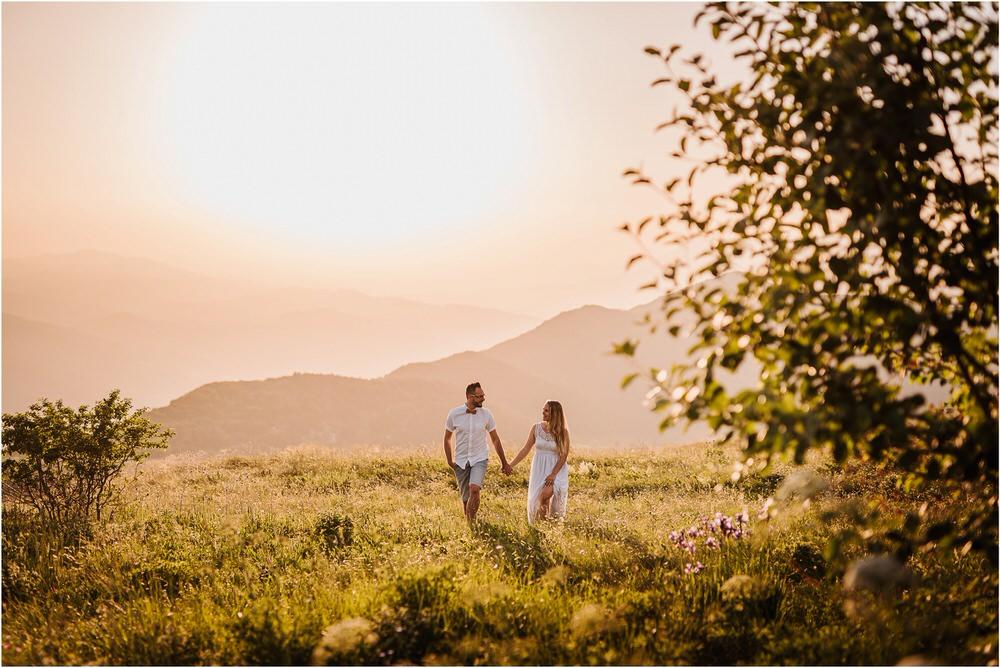 druzinsko fotografiranje nanos slovenija zaroka poroka porocni fotograf vipava primorska family anniversary obletnica poroke 0036.jpg