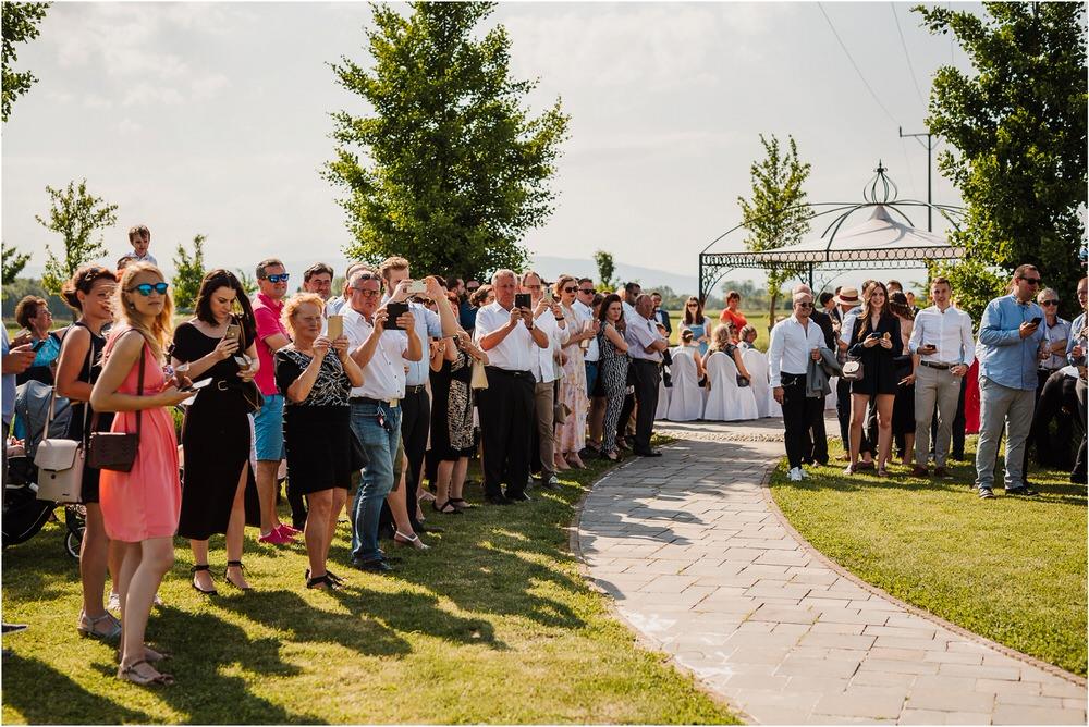 poroka ptuj romantična boho envy room terme nika grega porocni fotograf naravno nasmejano 0038.jpg