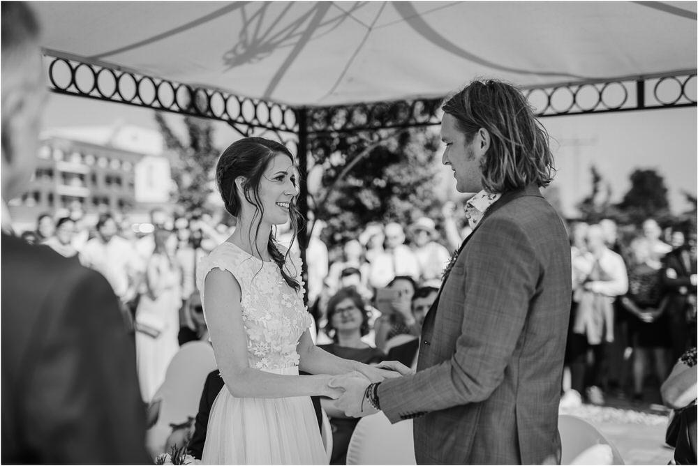 poroka ptuj romantična boho envy room terme nika grega porocni fotograf naravno nasmejano 0043.jpg