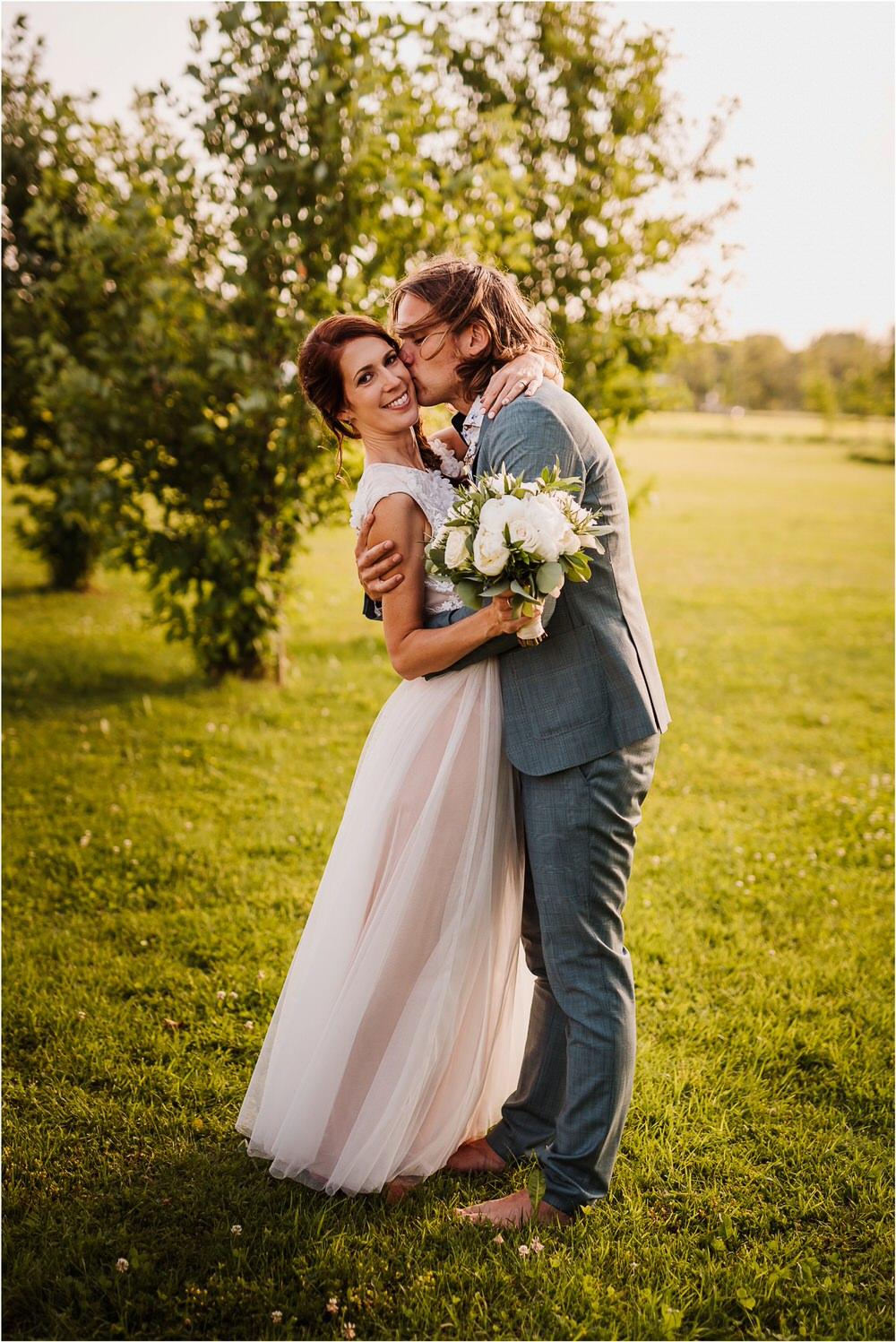 poroka ptuj romantična boho envy room terme nika grega porocni fotograf naravno nasmejano 0065.jpg