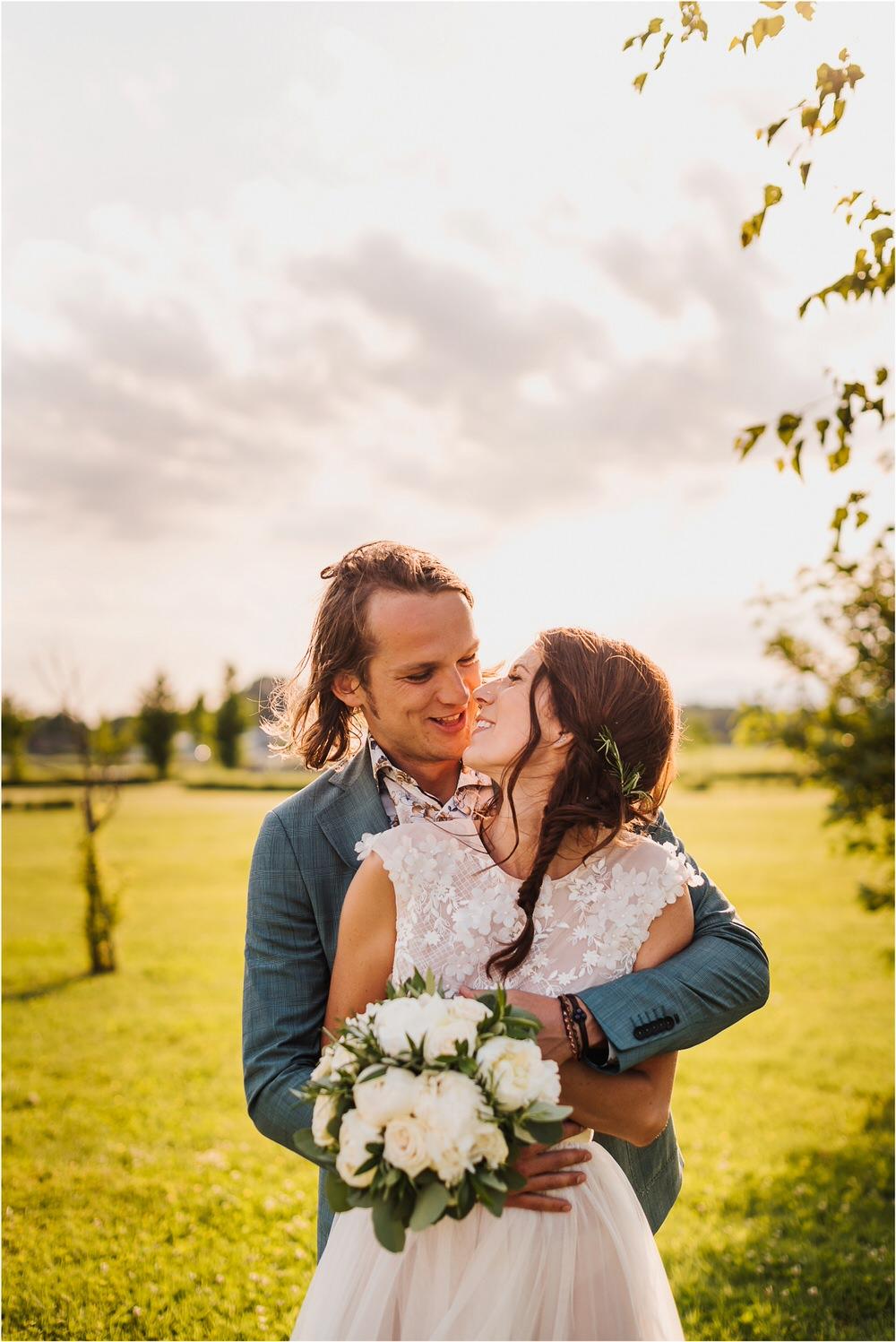 poroka ptuj romantična boho envy room terme nika grega porocni fotograf naravno nasmejano 0070.jpg