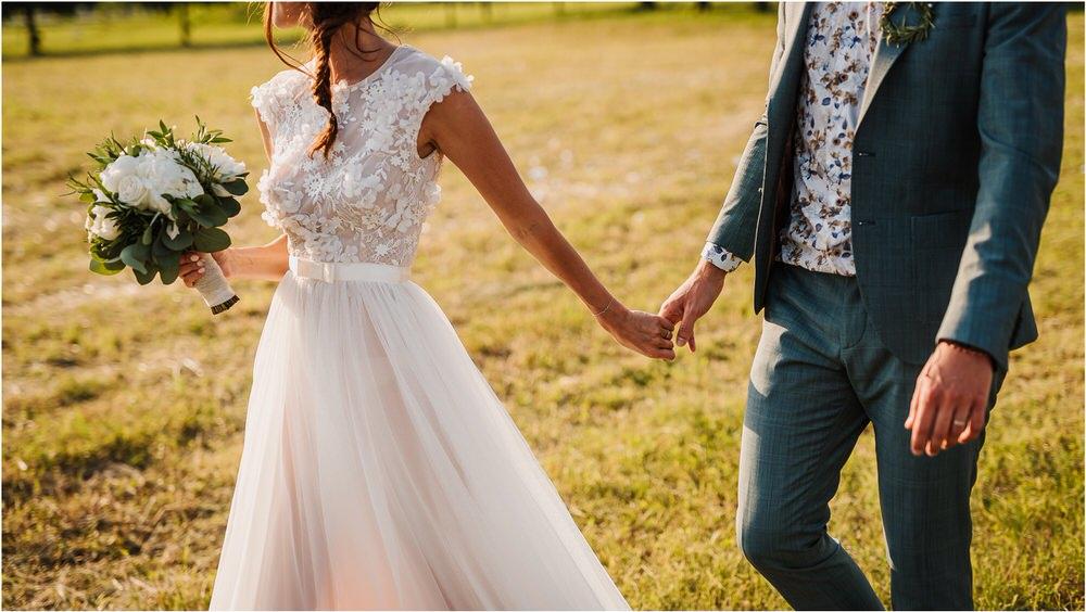 poroka ptuj romantična boho envy room terme nika grega porocni fotograf naravno nasmejano 0072.jpg