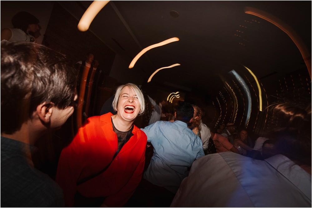 poroka ptuj romantična boho envy room terme nika grega porocni fotograf naravno nasmejano 0104.jpg