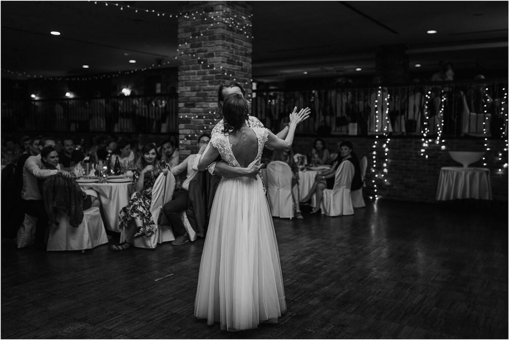 poroka ptuj romantična boho envy room terme nika grega porocni fotograf naravno nasmejano 0108.jpg