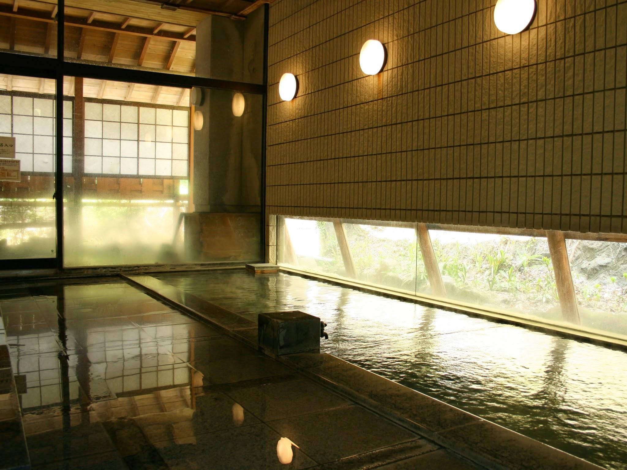 河一屋 浴場.jpg