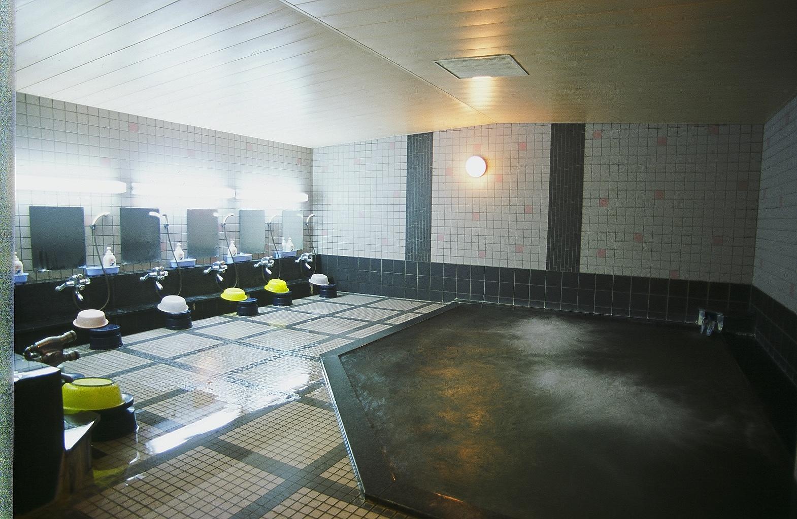 太陽廣場ホテルサンプラザ栂池 サンプラザ 風呂.jpg