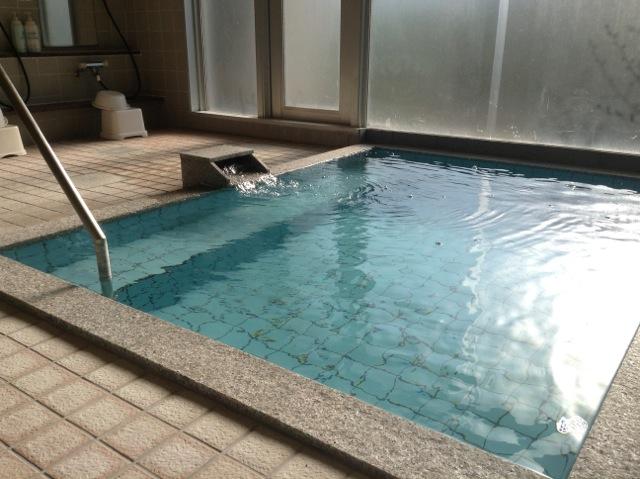 八方館 風呂.jpg
