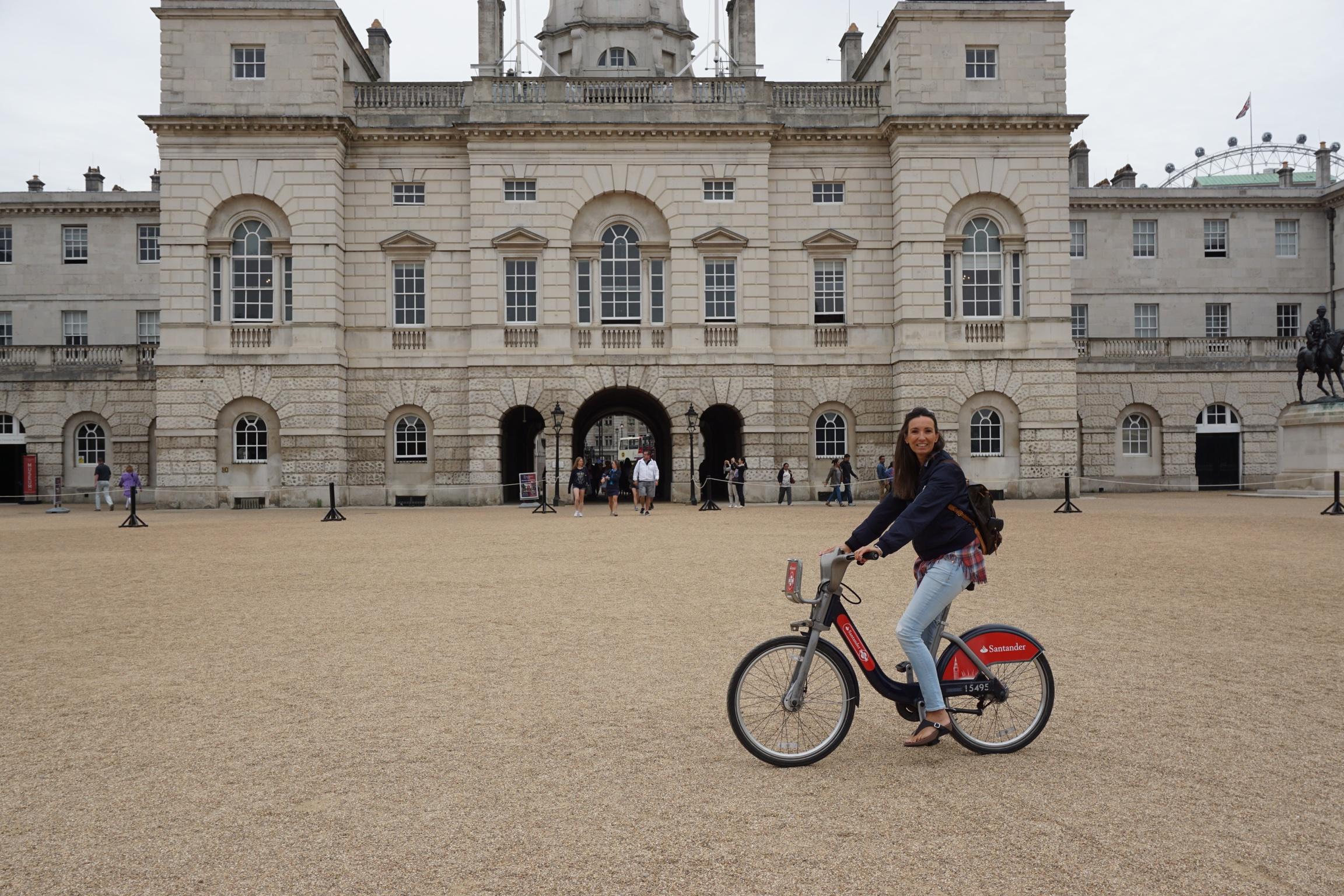 """Mit dem Fahrrad durch London. Schnell, abwechslungsreich und einfach """"very british""""."""