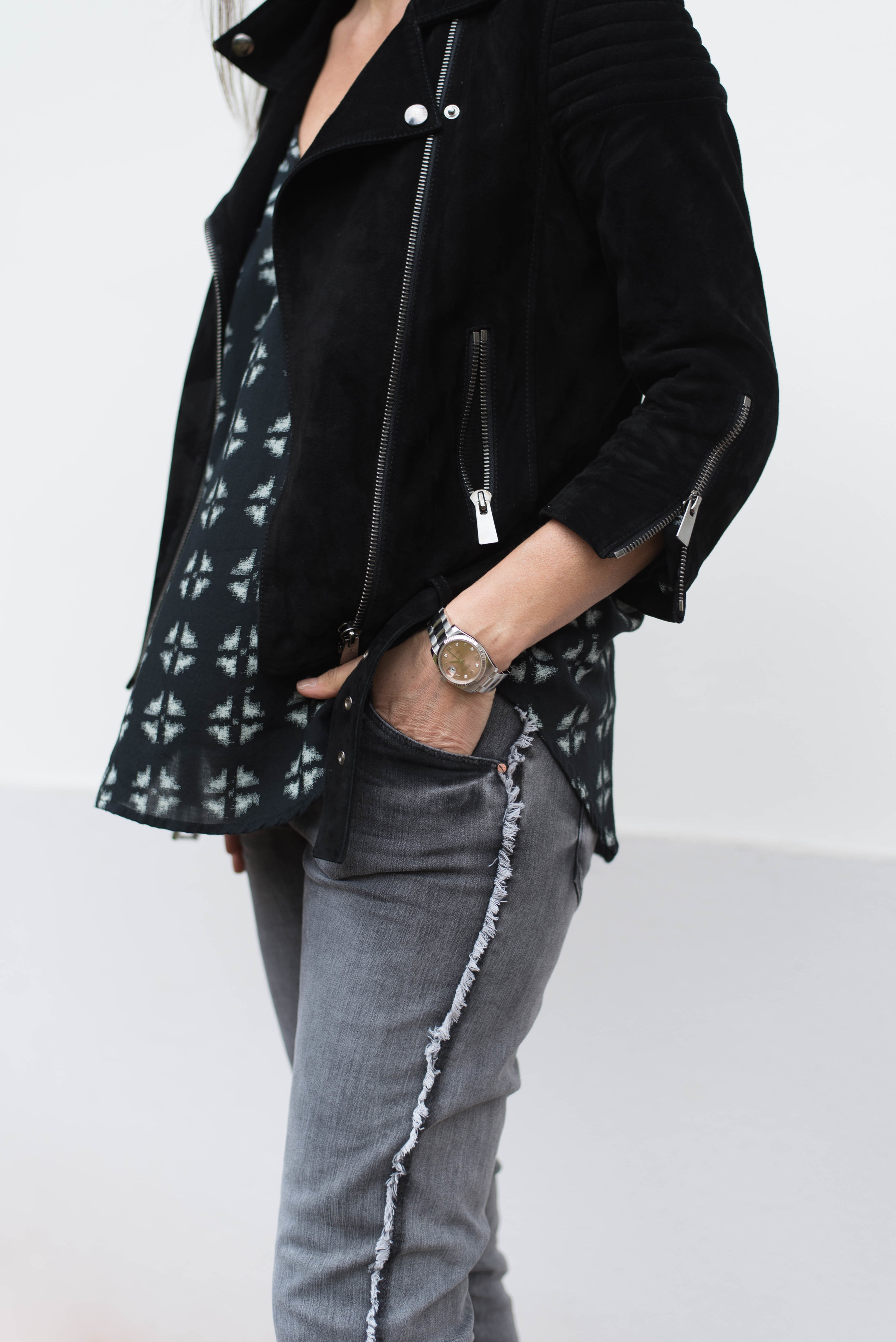 BeFifty Blog für Frauen über 50 Fashion DAWN Jeans Nachhaltige und faire Mode mit DAWN Tipps für Frauen über 40 und 50. Blog BeFifty Beate Finken