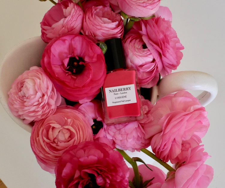 Der perfekte und gesunde Nagellack BeFifty Blog für Frauen über 50 Nailberry Lack Nägel gesund lackieren ohne Giftstoffe Beate Finken