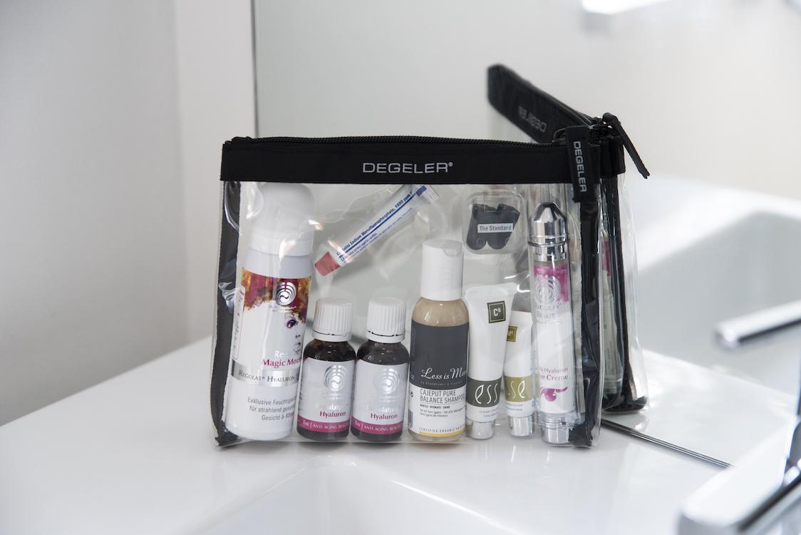 Clear Bag Degeler Leichter Reisen ohne Knittern BeFifty Blog für Frauen über 40 und 50 Beate Finken