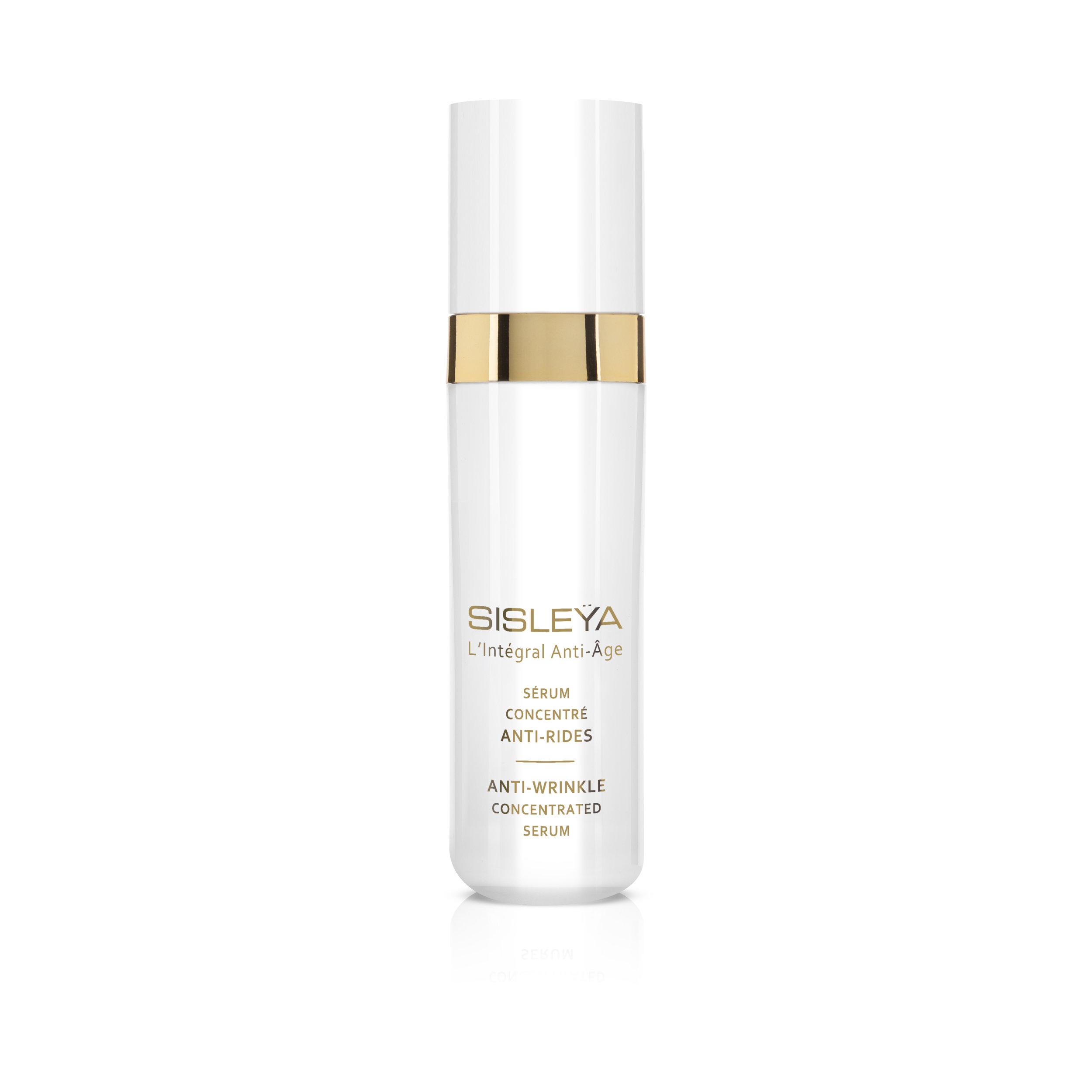 Serum Sisley Beauty Tipps für Haut über 40 und ab 50. SISLEYA L'INTEGRAL ANTI-AGE SERUM ANTI RIDES . Test einer ü50 Bloggerin. Beate Finken Blog Ü50. Beauty Tipps.