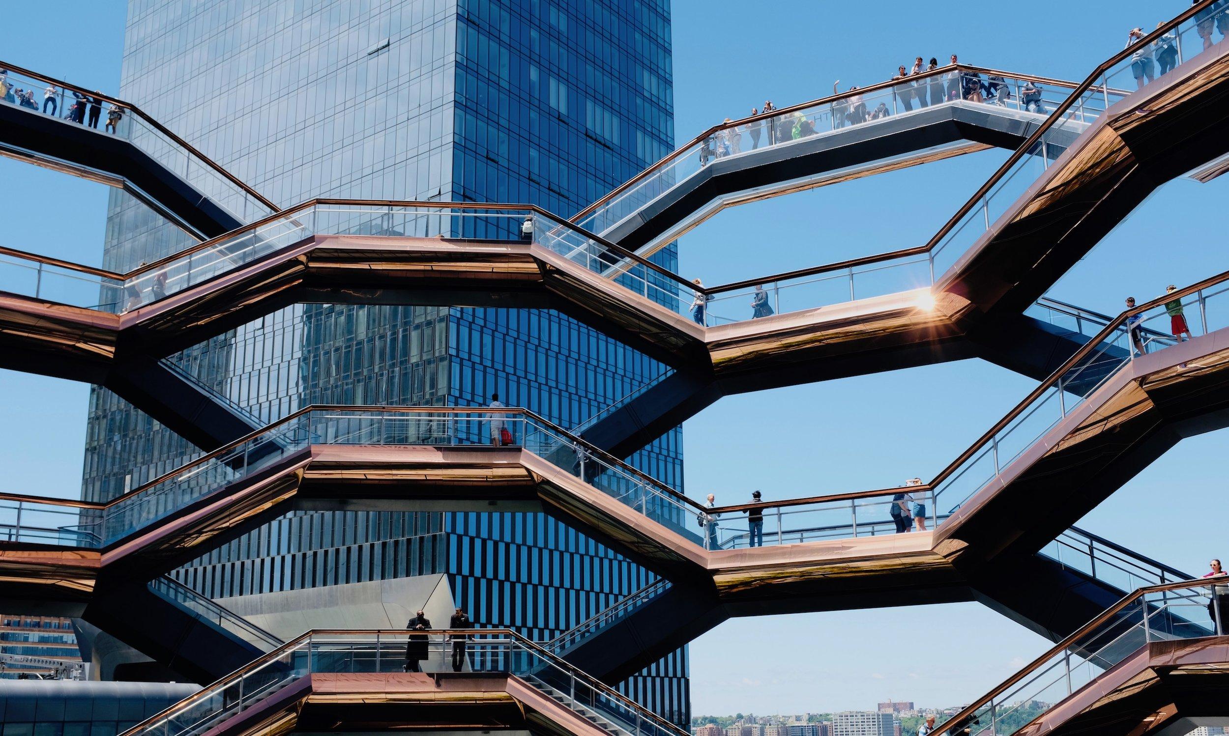 The Vessel New York Top Attraktion in New York Manhattan BeFifty Blog für Frauen über 40 und ab 50. Tipps für New York und Manhattan. Reisebloggerin.