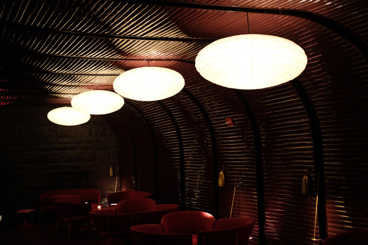 The+Standard+High+Line+New+York++Bar.jpg
