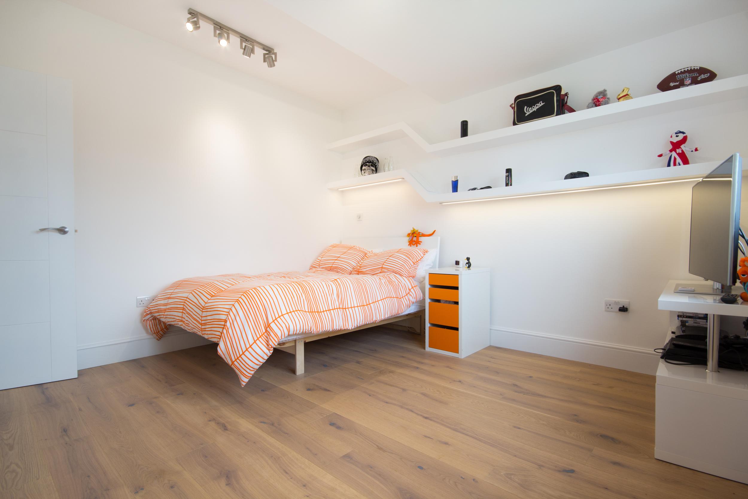 Bed-2297.jpg