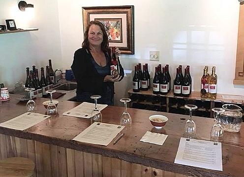 laura-wine-tasting-room-expert2.jpg