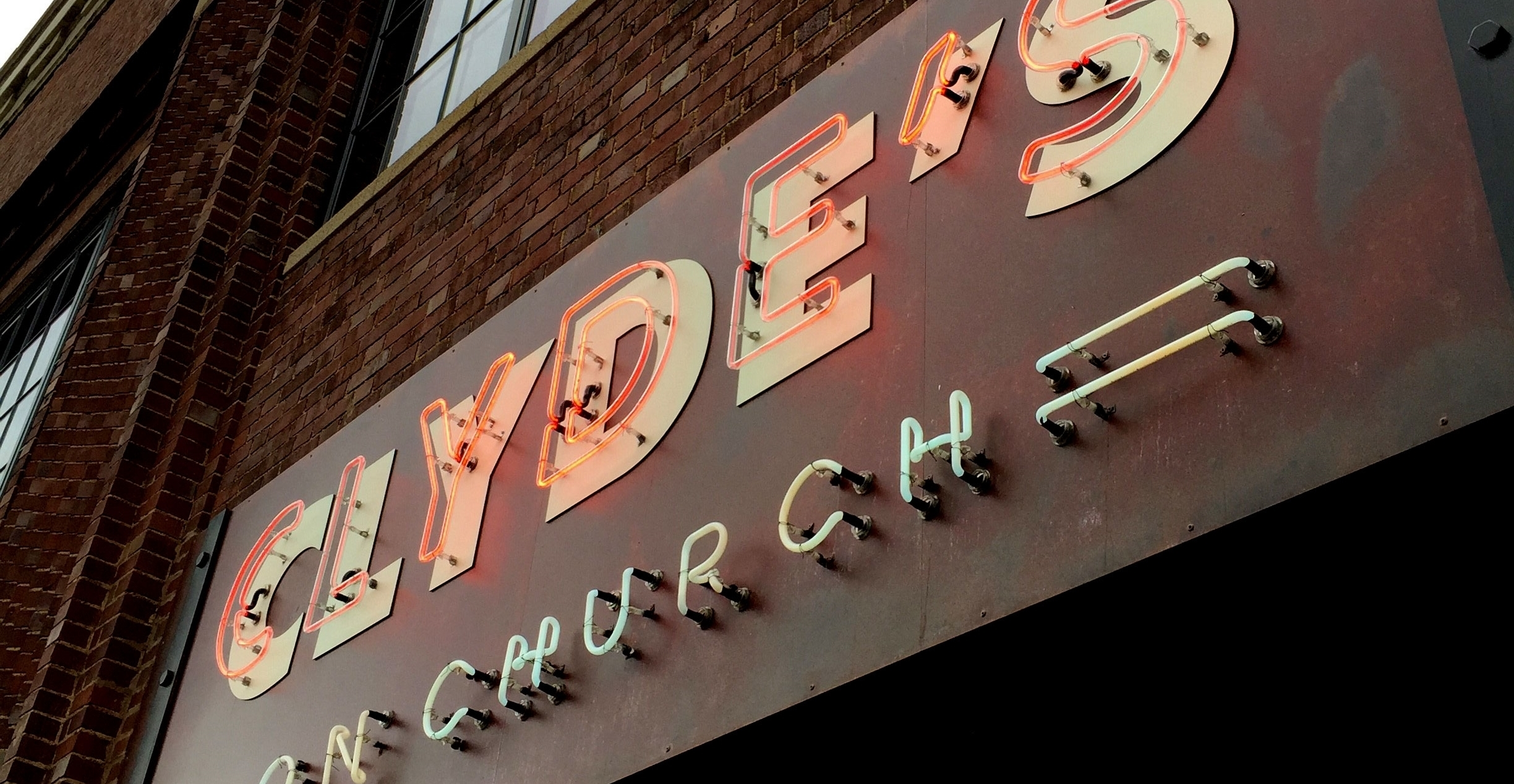 Clyde's on Church Logo Neon Signage