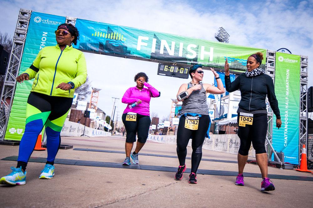 Chattanooga Marathon 2017 Photography Editing Wayfinding Signage