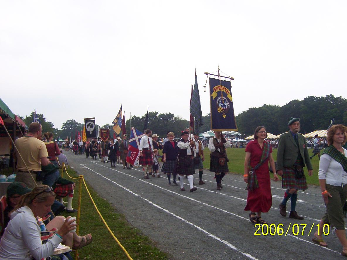 parade-o-clans-forsyths.jpg