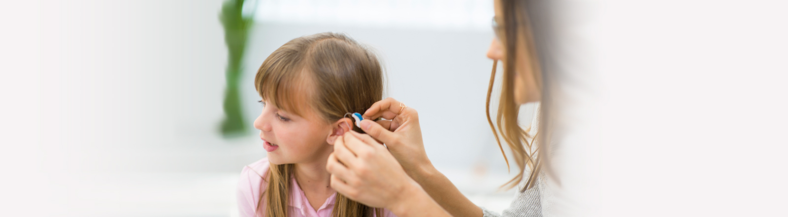 Hearing-Aid-Otolaryngology-Associates-of-Tennessee_wide.jpg