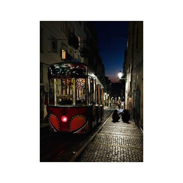 Tchau Lisboa! It's been beautiful, back soon. . . . . #lisbonportugal #lisboa #lisbonpostcards #instadaily #streetcar #tram #portugal