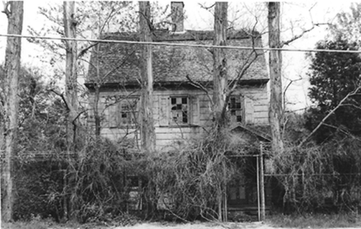 When the LIE was being built the house had been abandoned for years.  Vegetation and neglect had taken their toll, but the beauty of this exceptional house was still visible when this photo was taken in 1962. Photo from Preservation Long Island's archive.